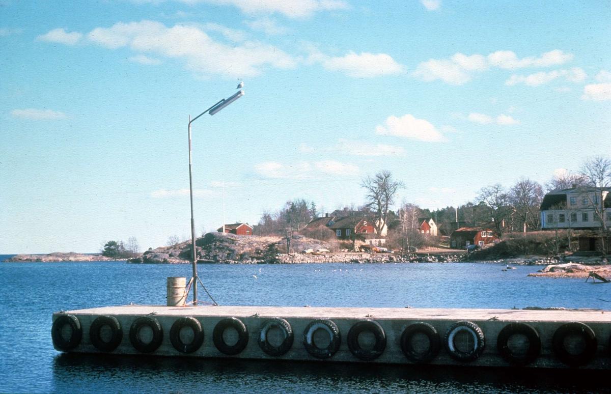 Grisslehamn, Väddö socken, Uppland 1976