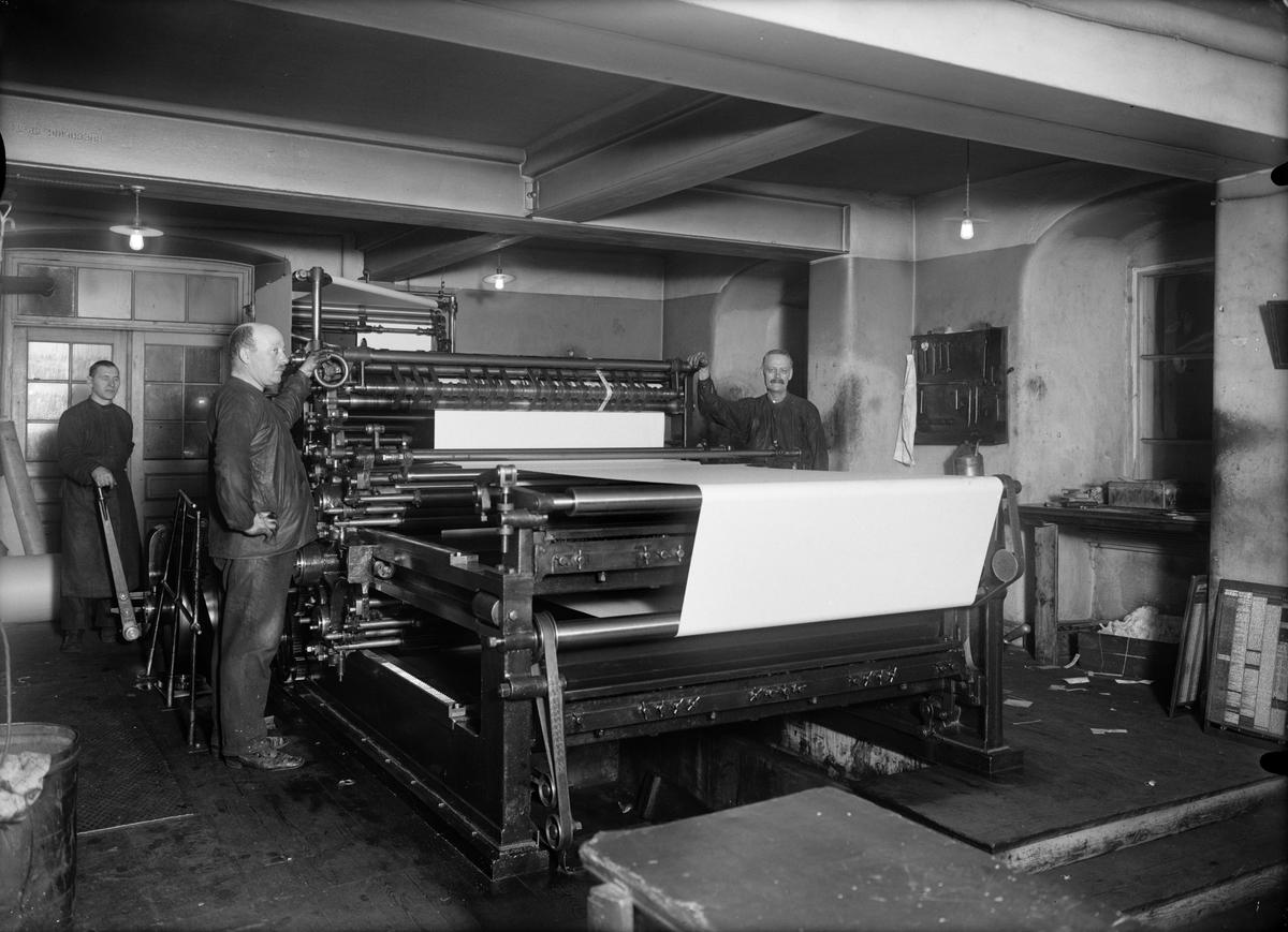 Richard Hagman och Samuelsson, Upsala Nya Tidnings tryckeri i Oxenstiernska huset vid Riddartorget, Uppsala 1920-tal