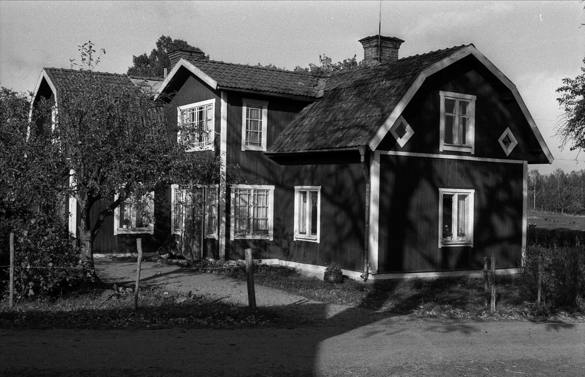 Bostadshus, Hammarby, Björklinge socken, Uppland