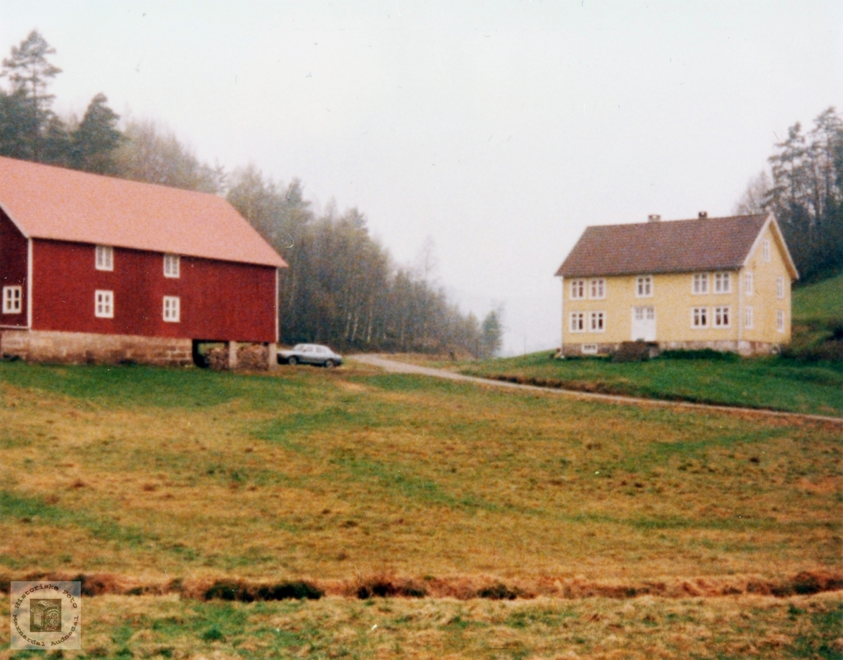 """Gården """"Der vest"""" på Sveindal i Audnedal."""
