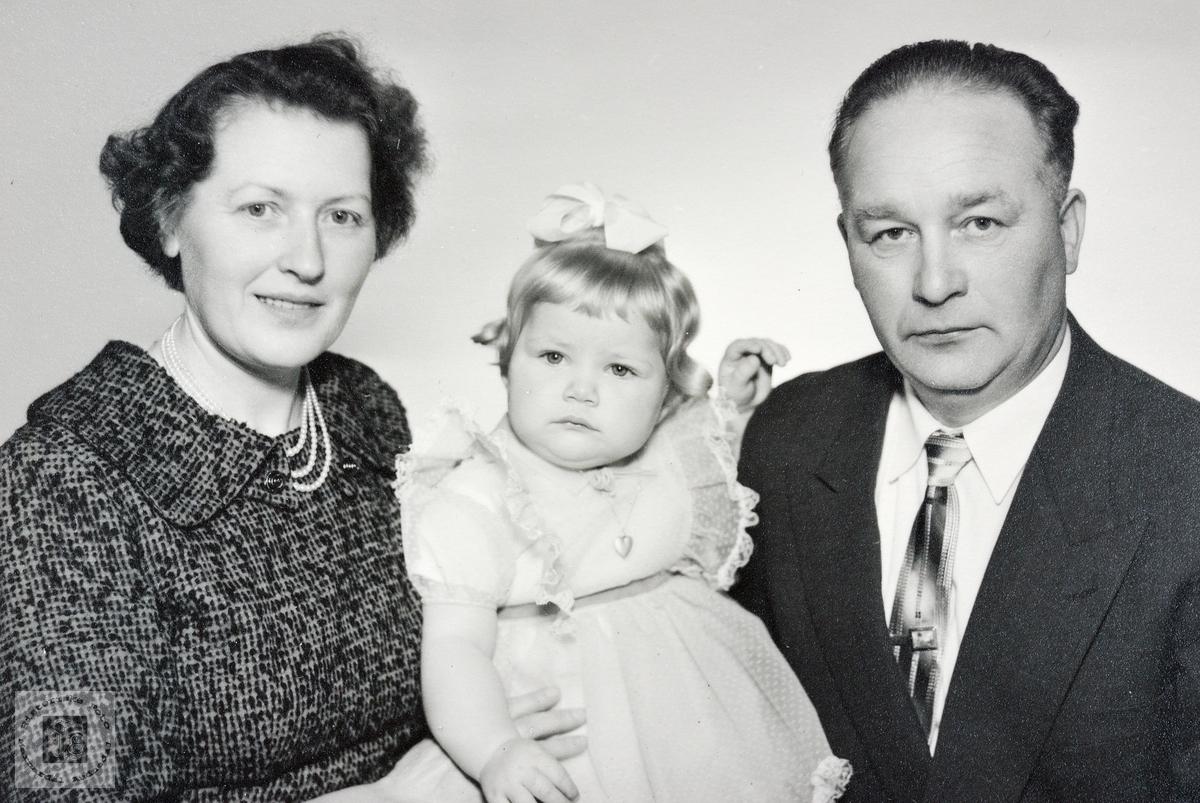 Portrett av familien Ask. Grindheim.