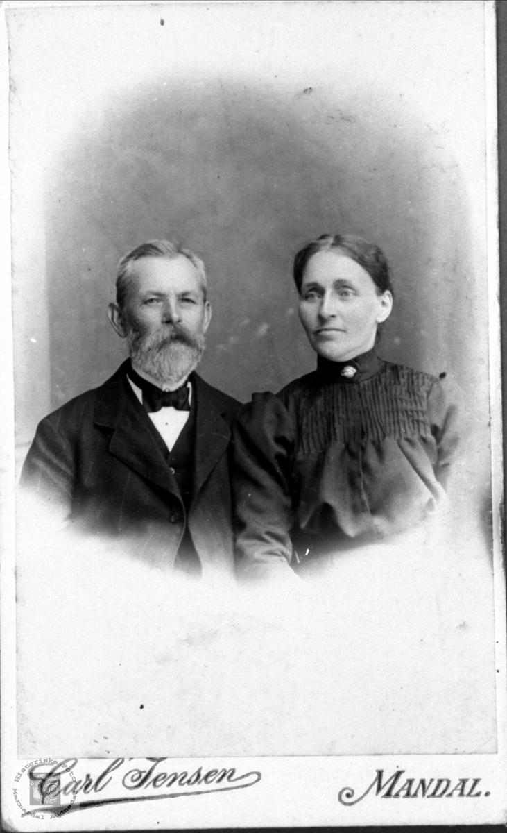 Ekteparet Aanen og Jørgine Gesine Høye, Øyslebø.