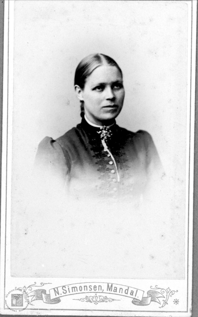 Portrett av Tarjer Bringsdal, Øyslebø.