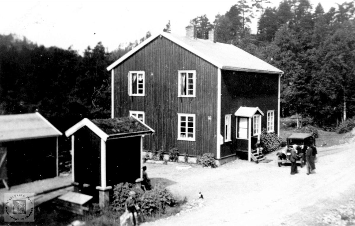 Grunnevannsbrakka, Øyslebø.