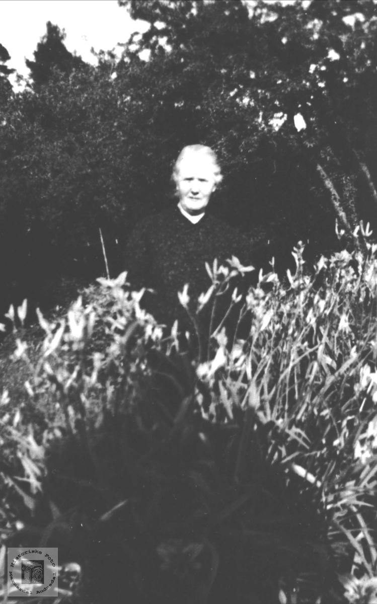 Portrett av Johanna Øyslebø.