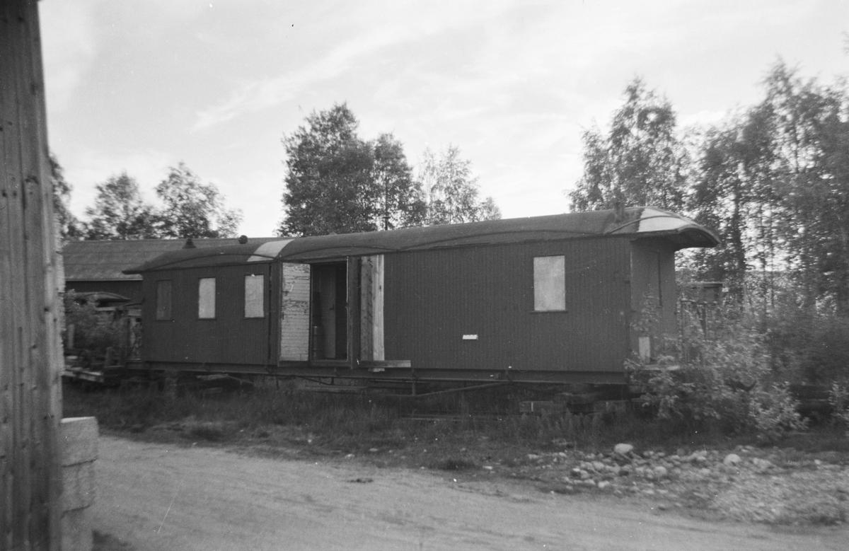 Personvogn CFo6 hensatt ved lokstallen på Bjørkelangen
