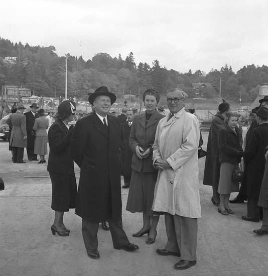 Sjösättning och dop av 120 M/T Bittencourt Sampaio. Mannen till höger är Uddevallavarvets grundare och dåvarande VD Gustaf B. Thordén.