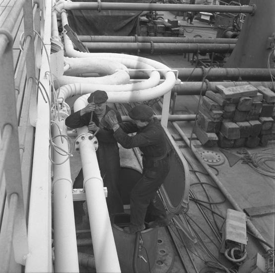 Utrustning av fartyget 133 T/T Josefina Thordén.