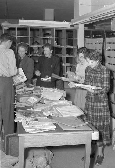 """Enligt notering: """"Julbrådska på Posten dec 1949"""". ::"""