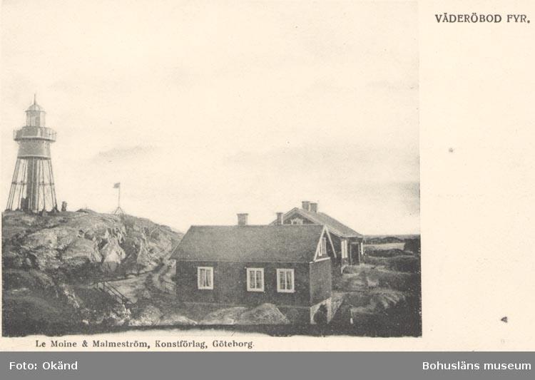 """Tryckt text på kortet: """"VÄDERÖBOD FYR"""". """"Le Moine & Malmeström, Konstförlag, Göteborg""""."""