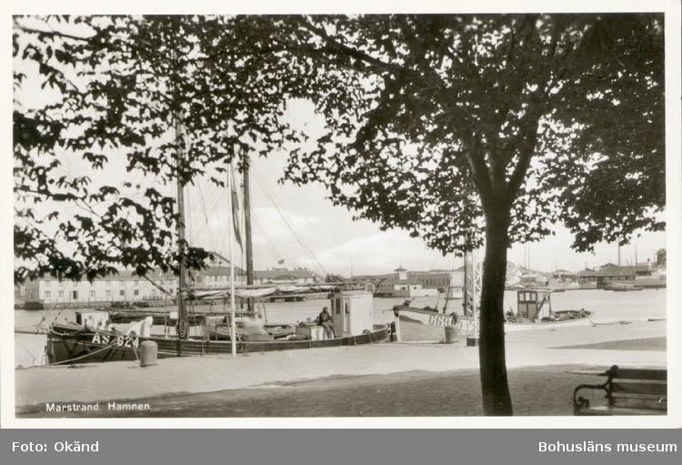 Fiskebåtar vid kaj i Marstrand