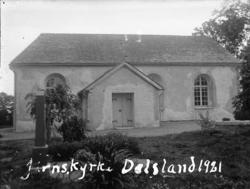 """Enligt text på fotot: """"Järns kyrka. Dalsland 1921""""."""