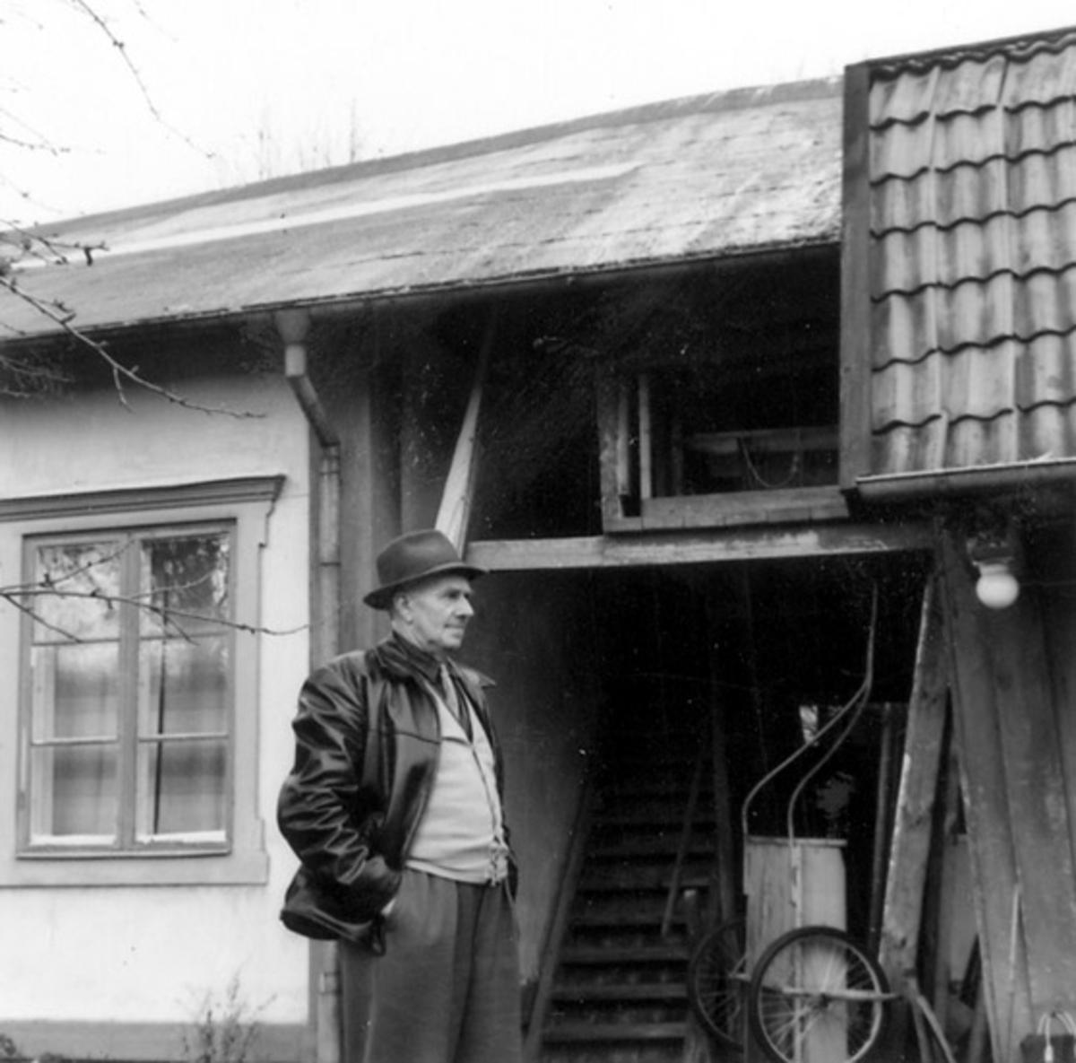 Fotot ät taget: 1958-11-12 - 1958-11-13 Vaxholms hembygdsmuseum. Stockholms högskolas kurs i båtuppmätning 12-13 Nov. 1958.
