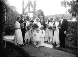 """Enligt senare noteringar: """"Brudparet Gösta Hugo Ramsten (Nor"""