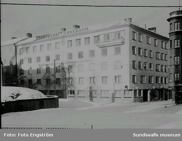 Sundsvallsbolagen, Hallström & Nisses. Köpmangatan.
