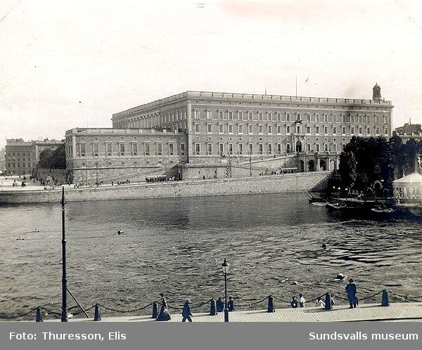 Kungliga slottet sett från Strömkajen.