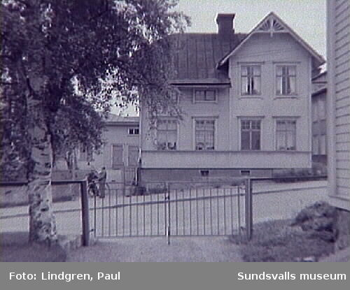 Fredsgatan 21. Uppförd i början av 1900-talet samt på 1920-talet.