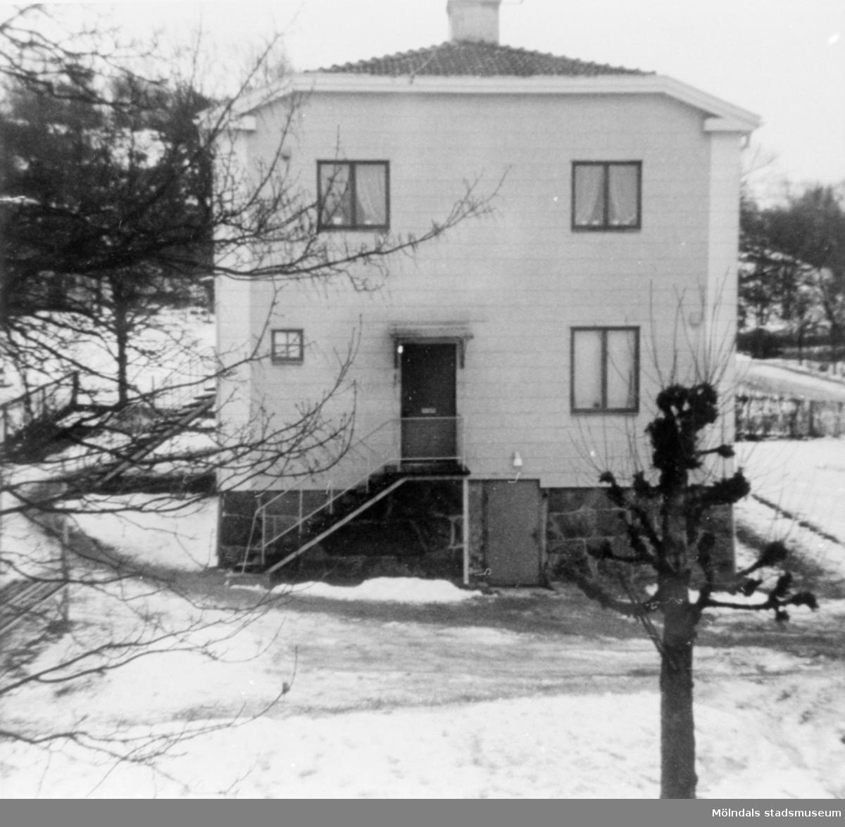 Gavel till fastigheten på Brunnsgatan 9 i Ryet, 1966.