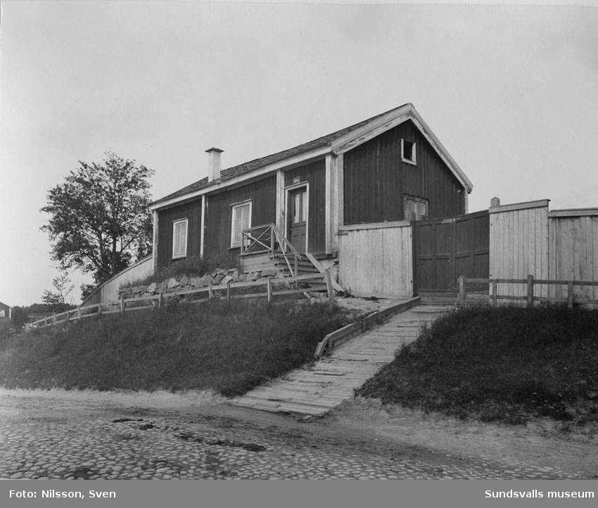 """Gård på Storgatan """"väst på stan"""", Luffarhotellet, från Grönborgs Bryggeri"""