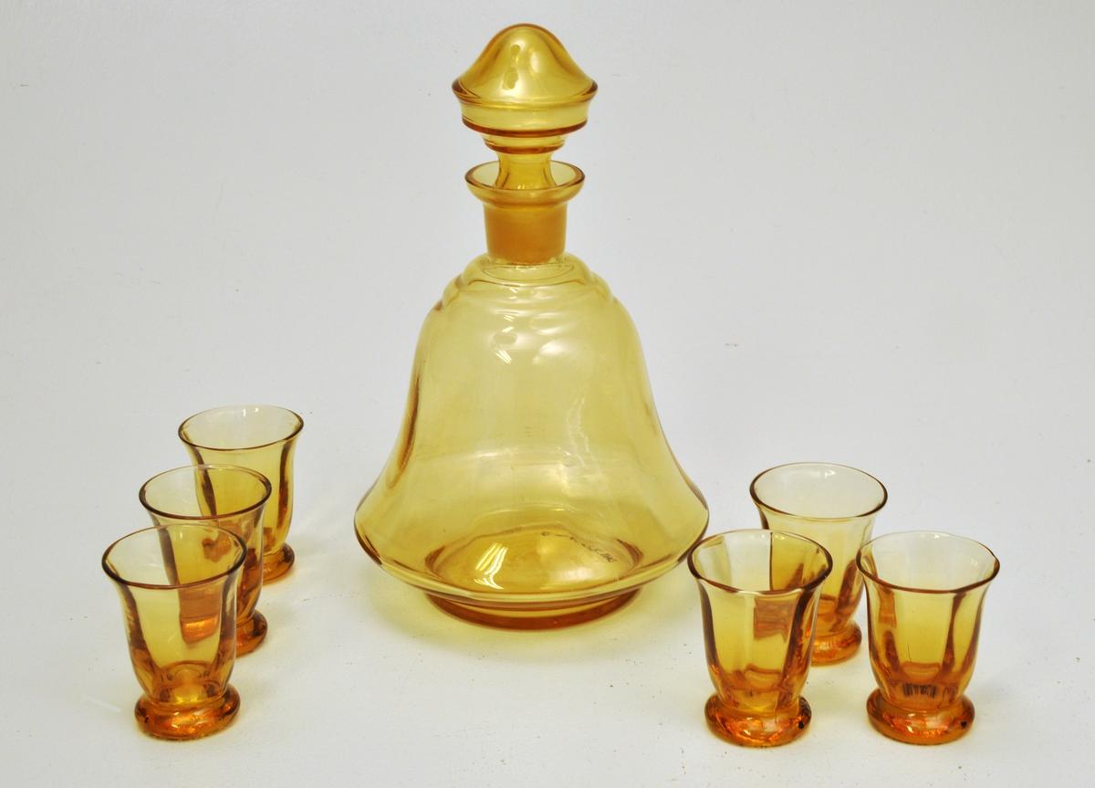 Klokkeforma likørkaraffel med 6 stk klokkeforma glas.