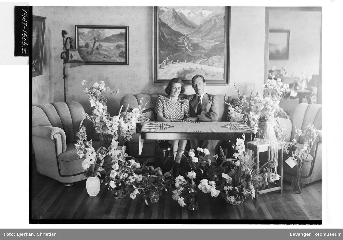 Disponent B. Høyem med kone