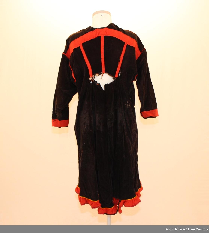 Svart kvinnekofte. Rød holbi. Røde ermer, hals, skulder og rygg.