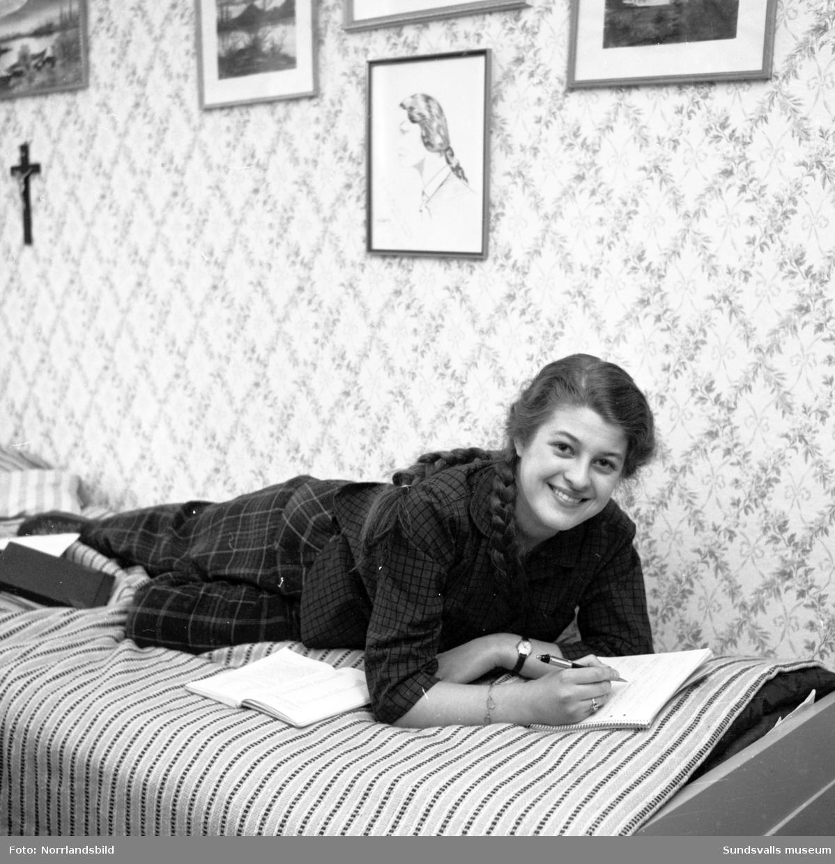 Ingeborg Nyberg, sångerska och skådespelerska från Sundsvall. Hemma-hos-reportage.