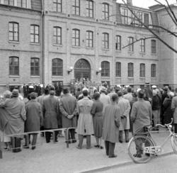 """Enligt notering: """"Valborgsmässofirandet 1/5 -60""""."""