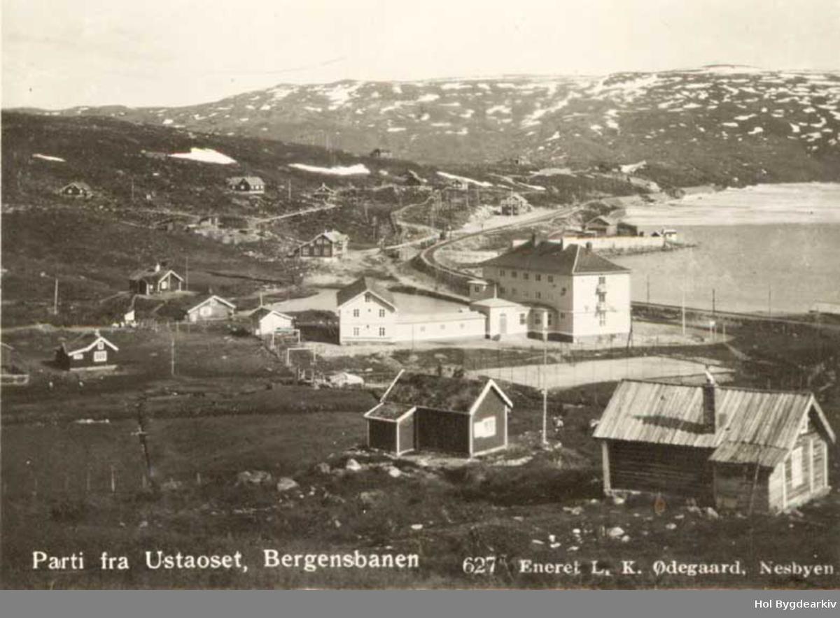 Tettstad, Ustaoset Hotell, hytter, Bergensbanen, jernbanetasjon
