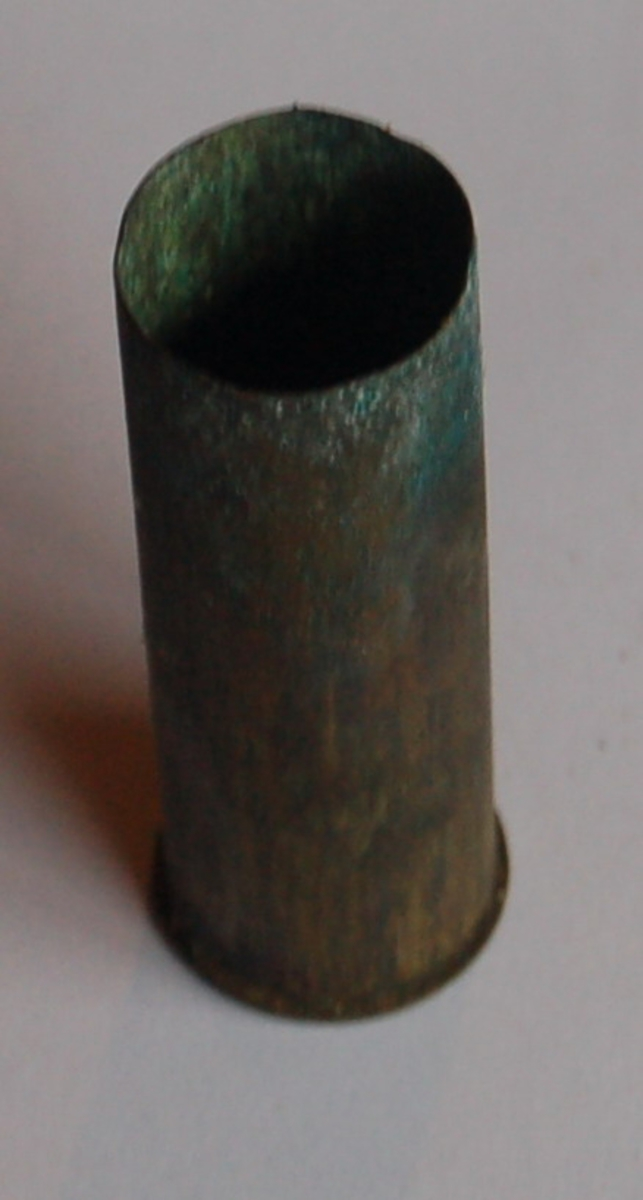 Rørformet haglpatron i kaliber 12.