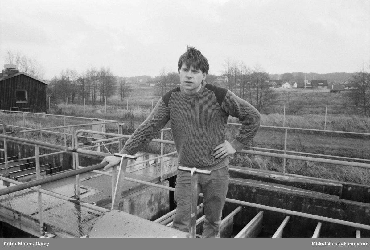 """""""Vid reningsverket i Lindome ska Rustan Lindqvist driva fiskodling och på andra sidan Lindomeån skall odlingarna ligga."""" År 1984.  För mer information om bilden se under tilläggsinformation."""