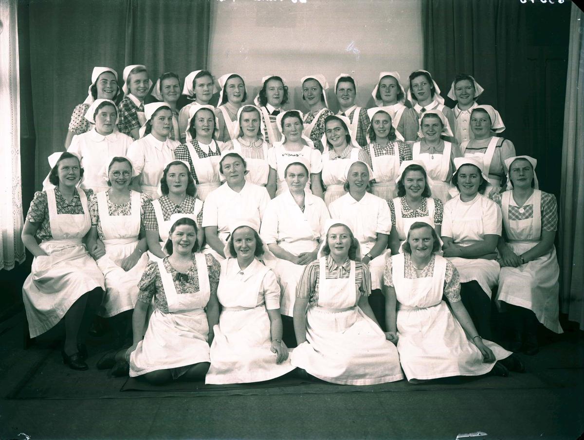 Gruppebilde - Husmorskolen.