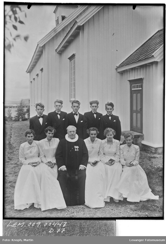 Konfirmantene i Henning, 1954