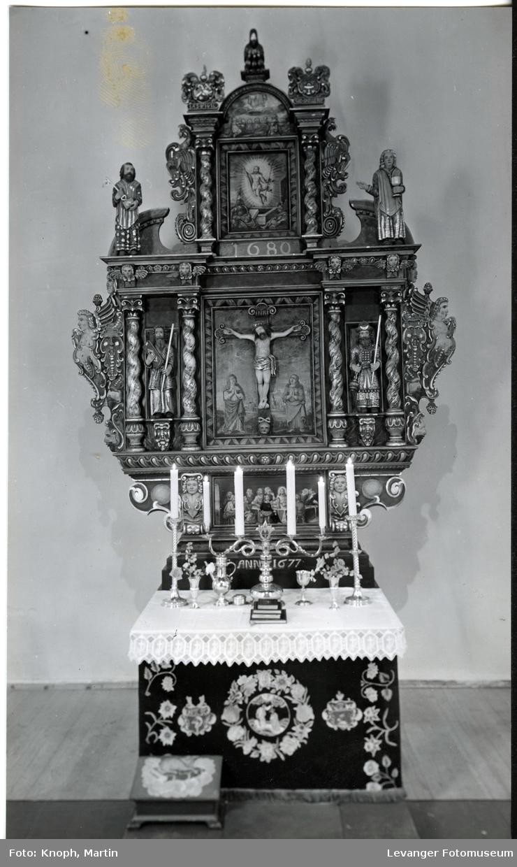 Snåsa kirke innvendig  II