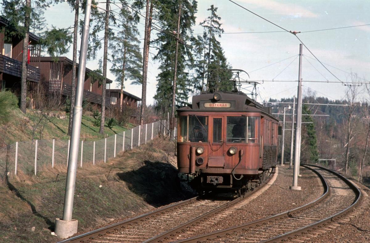 A/S Holmenkolbanen. Oslo Sporveier. Røabanen.  Vogn 36, type 1909 (Skabo, Westinghouse, HKB verksted)