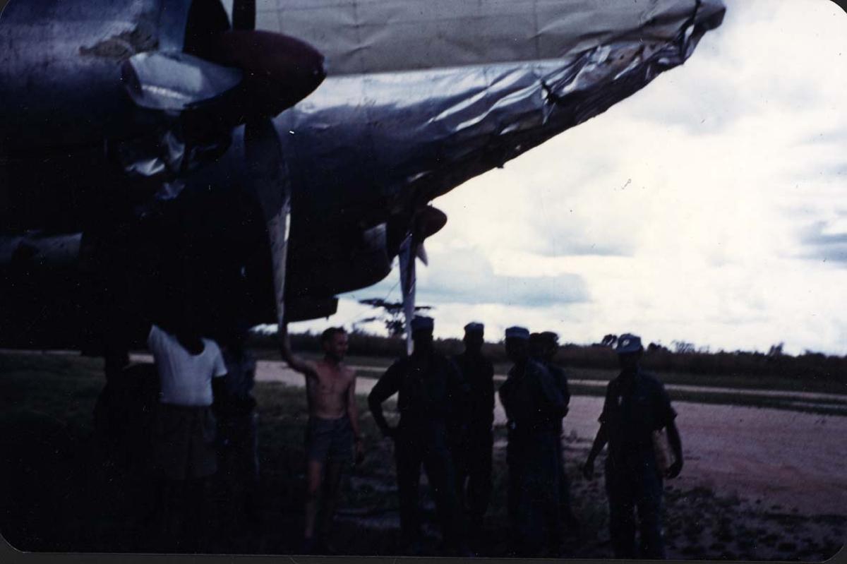 Lufthavn. 1 fly på bakken med skader.