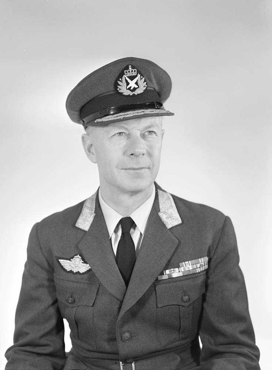 Portrett av General Thommesen, LK-sjef.