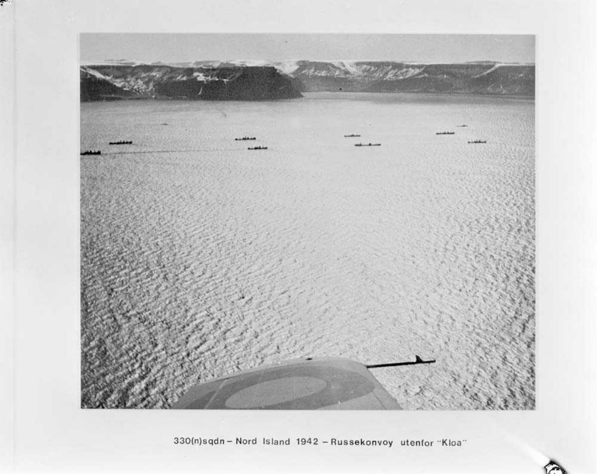 "330 skvadron. Russerkonvoy utenfor ""Kloa"" (Nord-Island)."