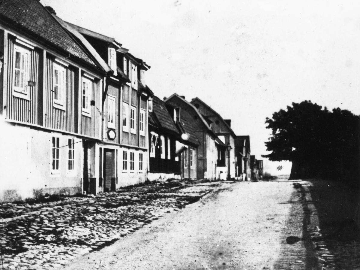 Vallgatan mot öster i Karlskrona.
