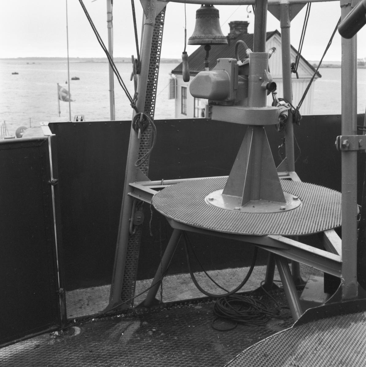 Fartyg: T 109                           Rederi: Kungliga Flottan, Marinen Byggår: 1956 Varv: Lürssen Övrigt: Siktstativ och raketställ mm.
