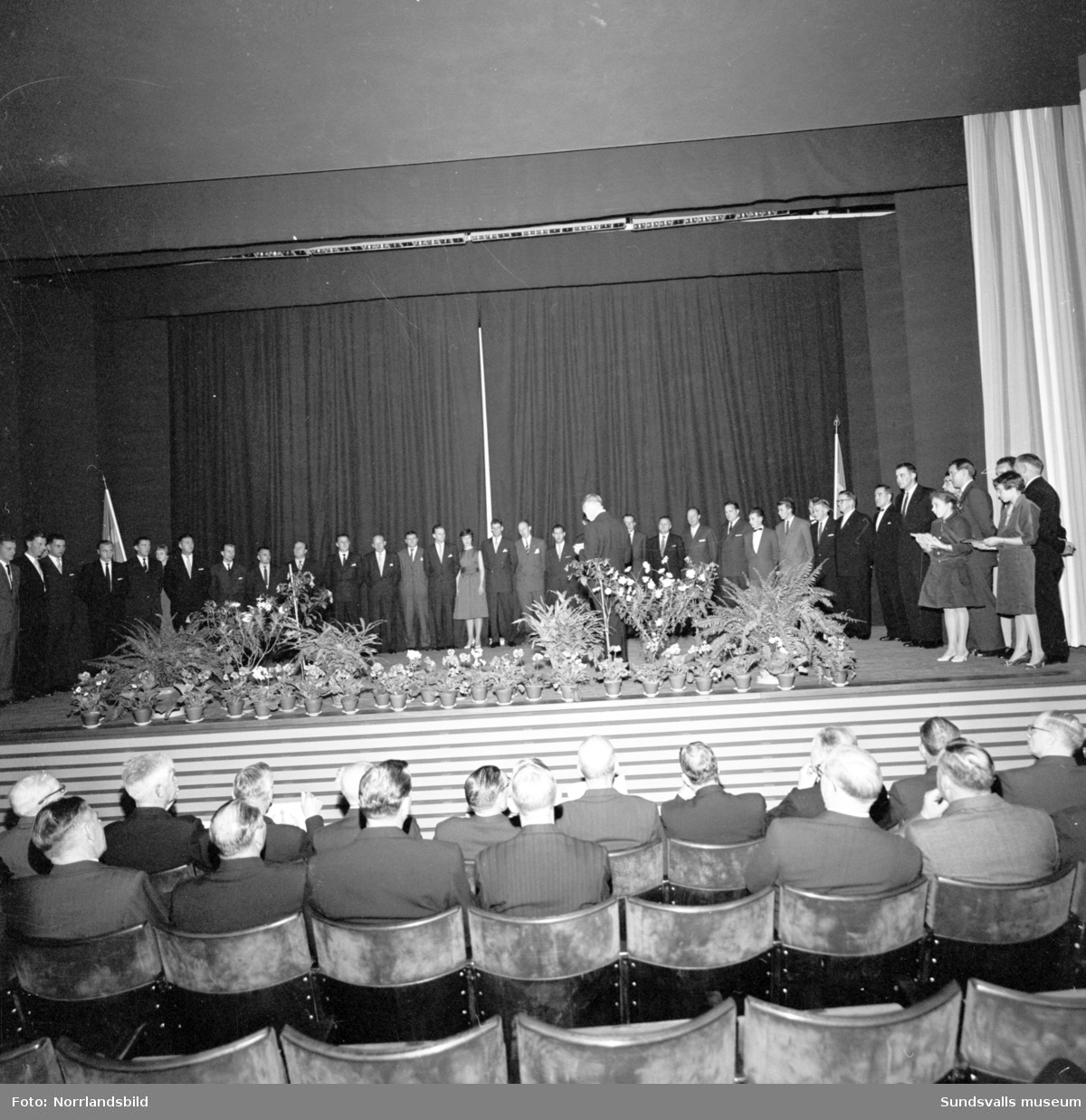 Idrottsklubben Heffners IF firar 60-årsjubileum i Skönsbergs Folkets hus, 1898-1958.