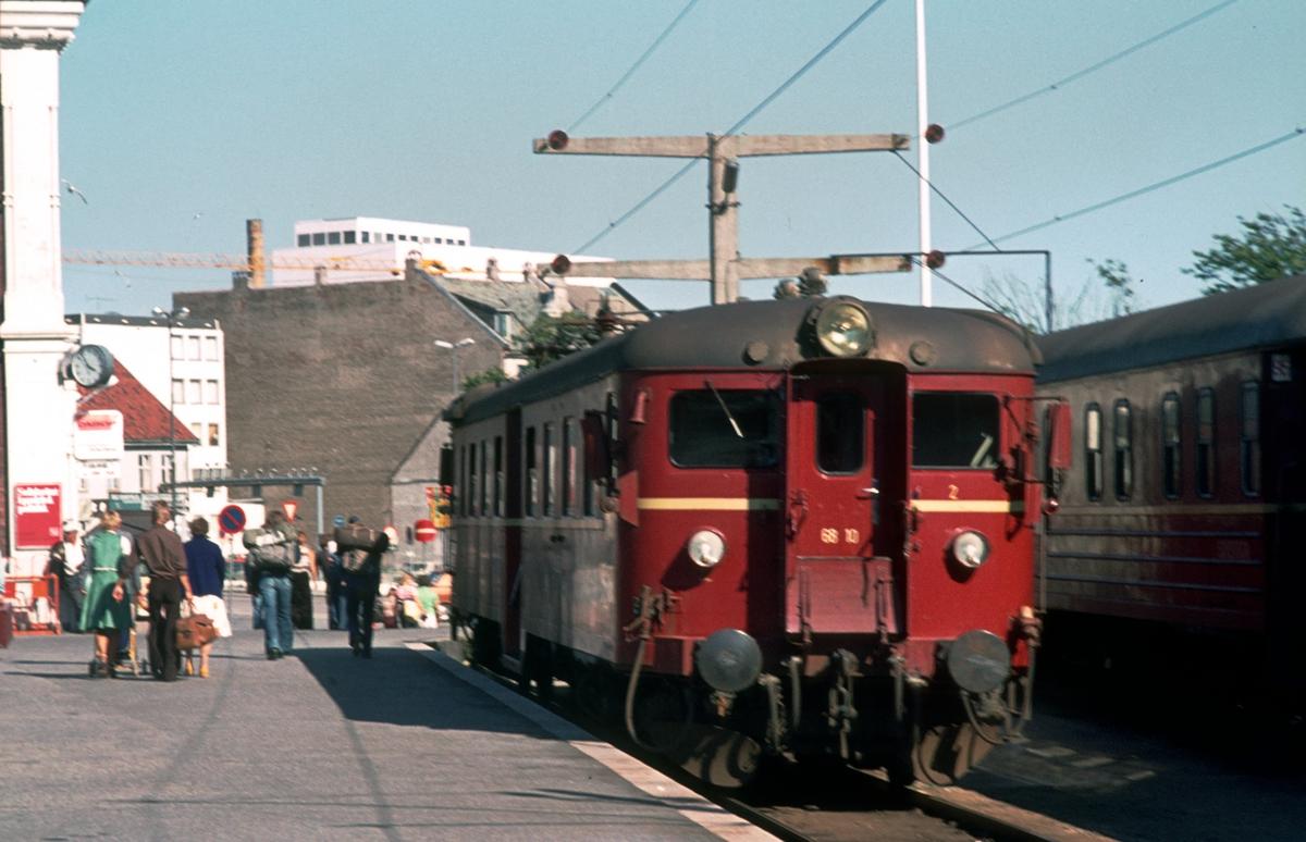 Lokaltog til Marnardal i Kristiansand. BM 68 10.