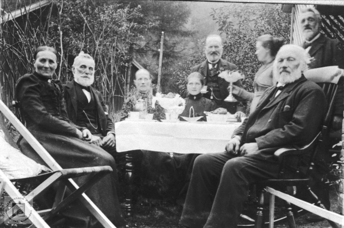 Familieselskap hos Jørgen Øslebø
