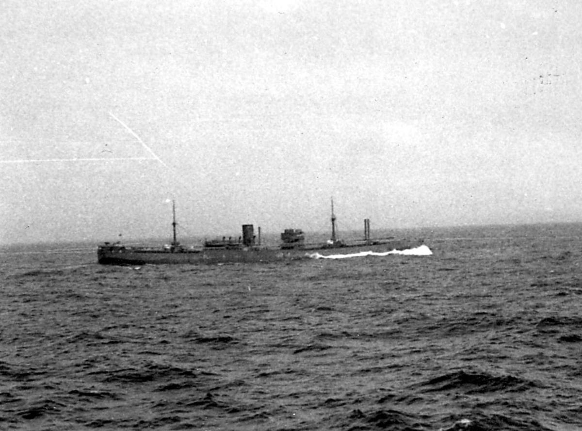 Fartøy på åpent hav, ant. fra konvoy.