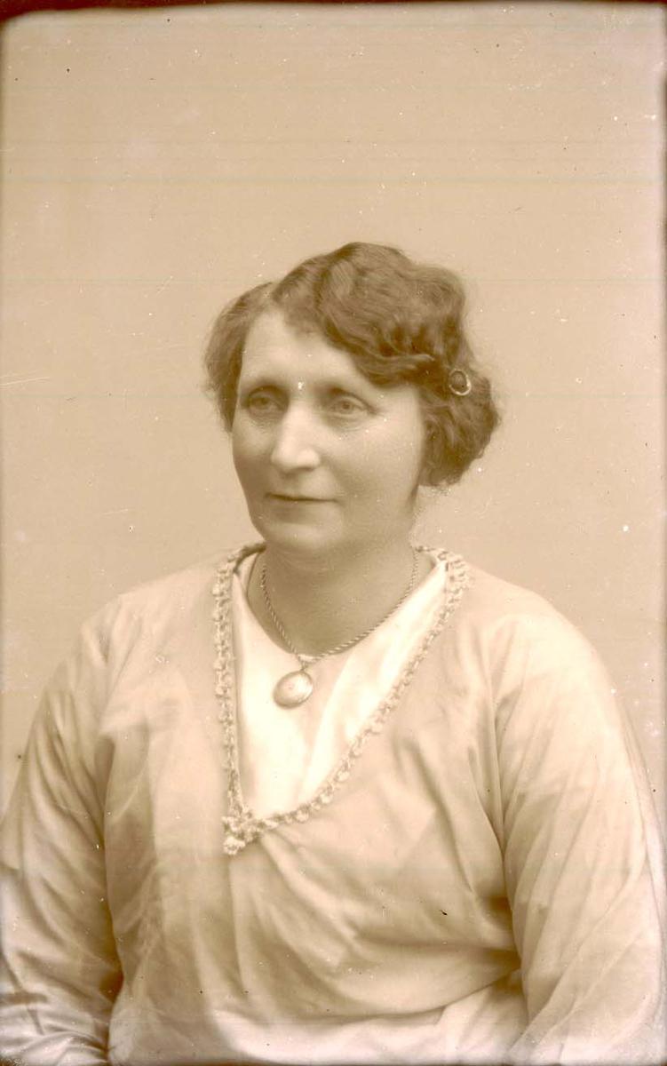 Portrett - Kvinne.