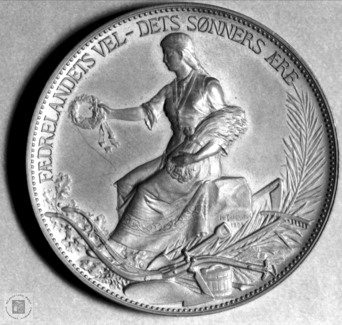Medalje bakside
