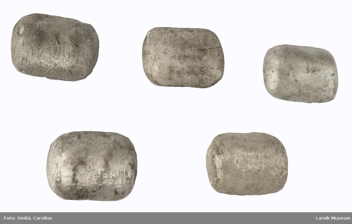 5 ovale nikkelstykker