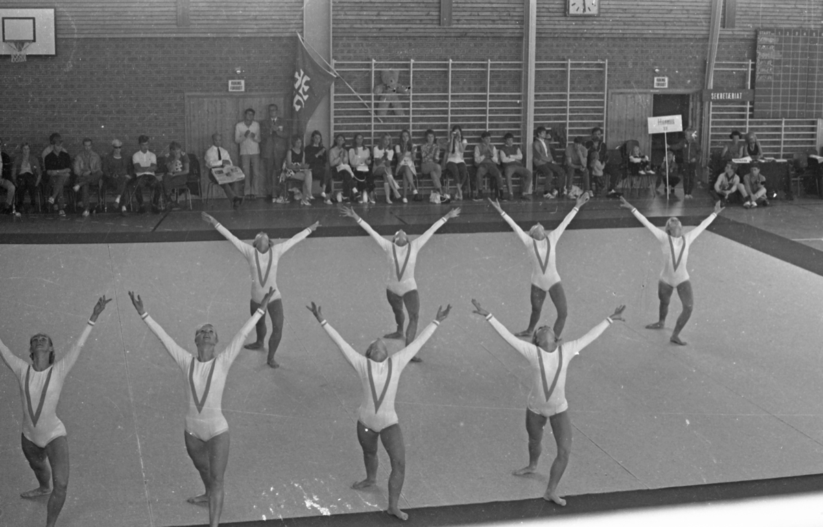 NM i turn - 1970. Del 9 av 13. Jentene i Haraldshallen.
