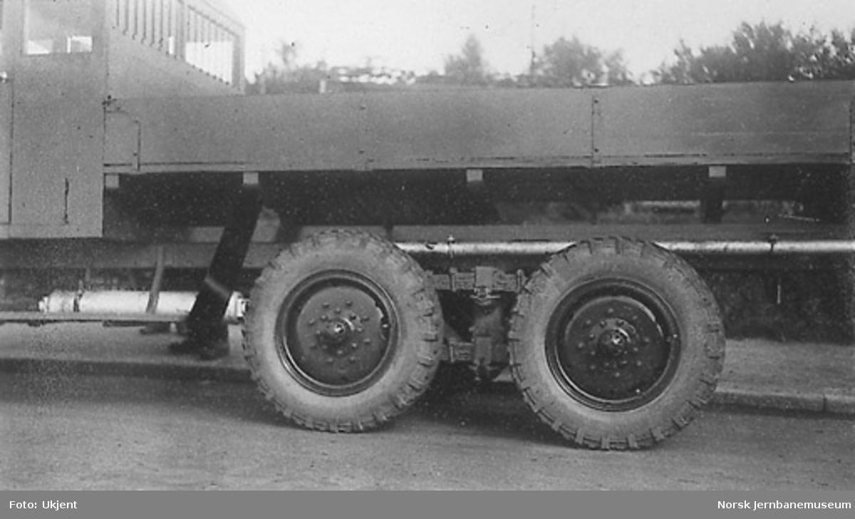 Thornycroft lastebil med boggi til Hærens Automobilkorps A-1305