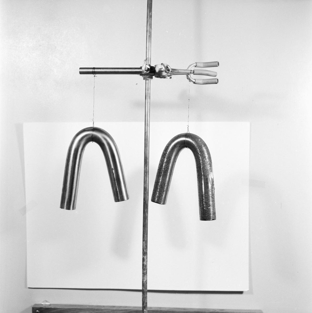 Övrigt: Foto datum: 12/1 1956 Byggnader och kranar Lab. Närmast identisk bild: V8588 och V8589, ej skannade